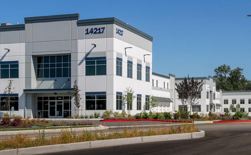 SeaPORT Logistics Center image: Seaport (2)