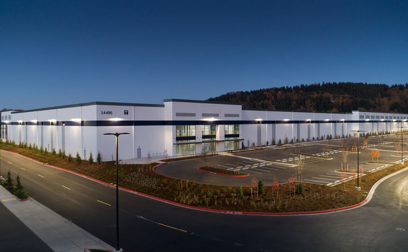 SeaPORT Logistics Center image: Seaport (4)